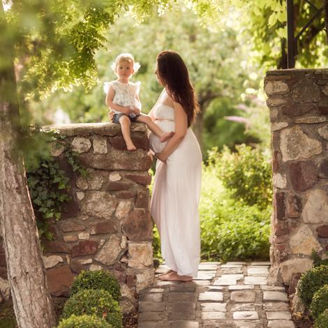 kismama fotózás a Balaton-felvidéken