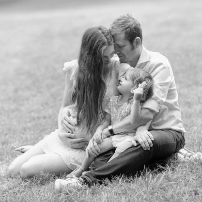Szépségek, érzések fekete-fehéren - család fotózás Budapesten